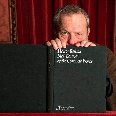 Terry Gilliam with the score of Benvenuto Cellini 2 (c) Richard Hubert Smith