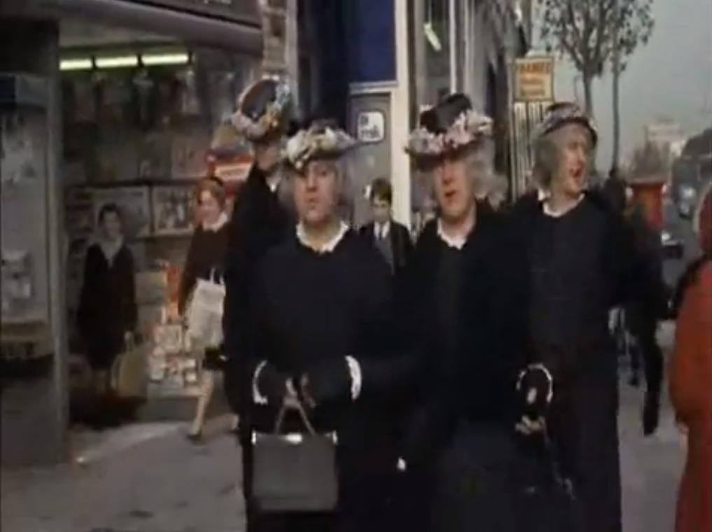 hells-grannies-andar-tolo
