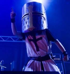 A banda de metal britânia inspirada em Monty Python