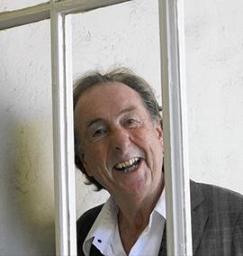 Eric Idle doou coleção Monty Python para museu