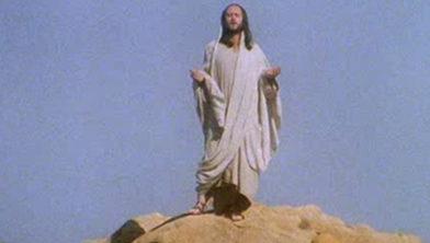 Por Que Jesus Fala dos Fabricantes de Queijo em A Vida de Brian?